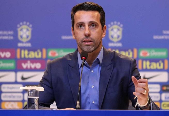 CBF não irá divulgar lista dos 12 suplentes para a Copa