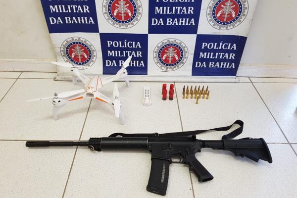 Fuzil e drone são apreendidos com quadrilha em Porto Seguro