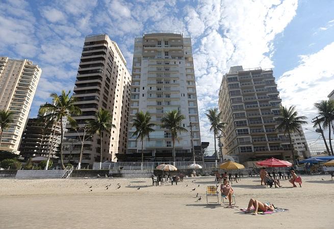 Lance único de R$ 2,2 milhões leva tríplex atribuído a Lula