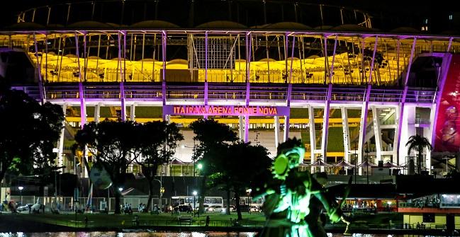 Monumentos de Salvador ganham iluminação especial pelo Junho Lilás