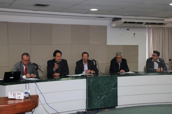 Conselho Estadual do Turismo protesta contra danos ambientais provocados pela Petrobras