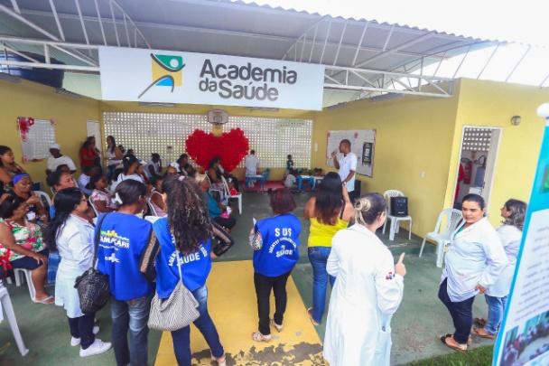 Camaçari: População participa da 1ª Feira de Saúde do Ponto Certo