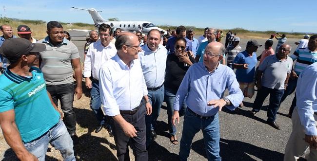 Em Barra, José Ronaldo e Alckmin discutem preservação do Rio São Francisco