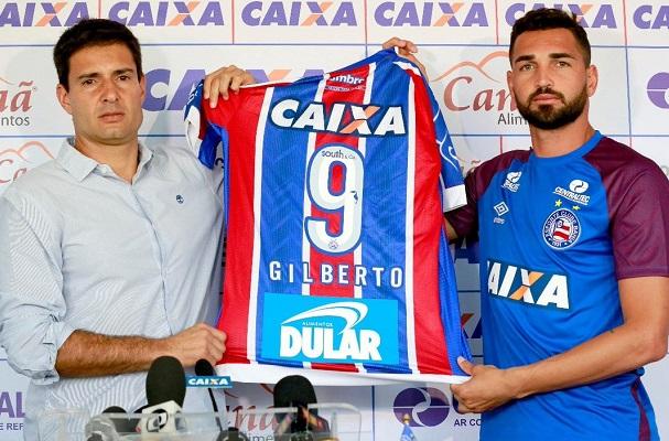 Bahia anuncia a contratação do atacante Gilberto