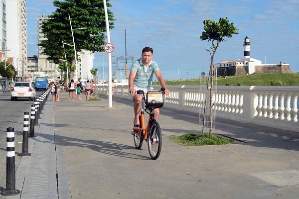 Novo sistema de compartilhamento de bicicletas de Salvador agrada usuários