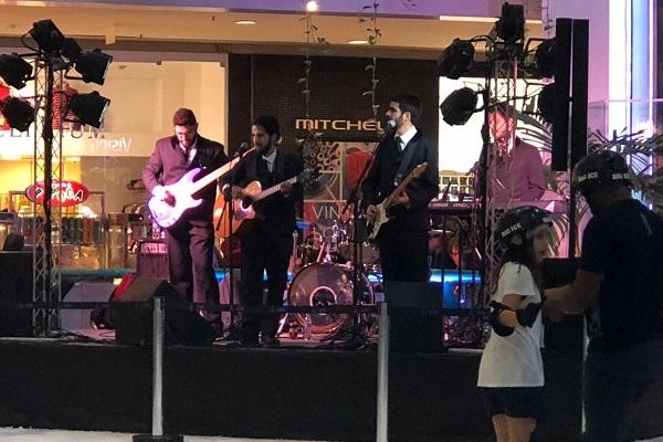 Dia do Rock será comemorado no Shopping Barra com tributo aos Beatles