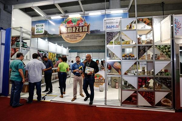 Abase quer espaço para produtos da agricultura familiar nos mercados