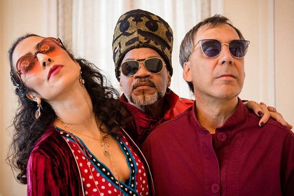 Tribalistas iniciam turnê com show na Fonte Nova no dia 28