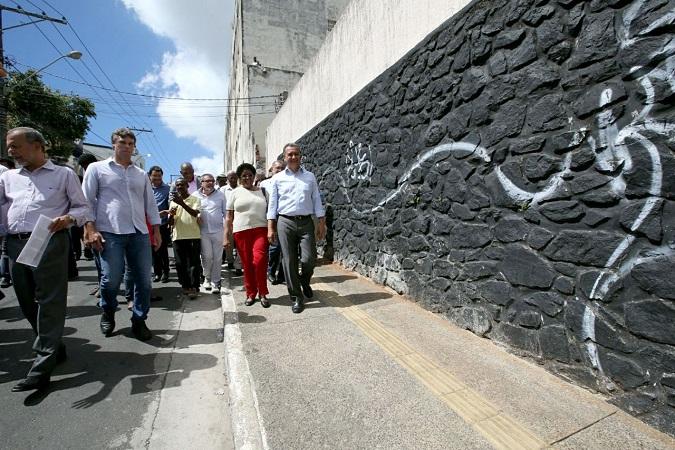 Governador entrega ruas recuperadas no Centro Antigo de Salvador