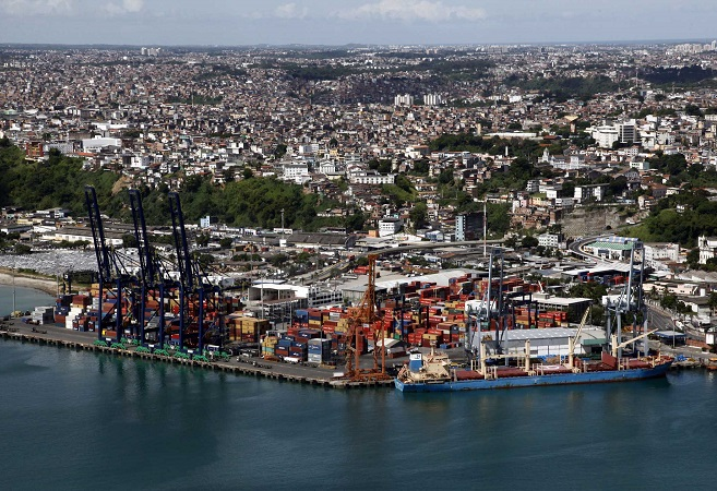 Alta de commodities leva à expansão de 28% nas exportações baianas em maio