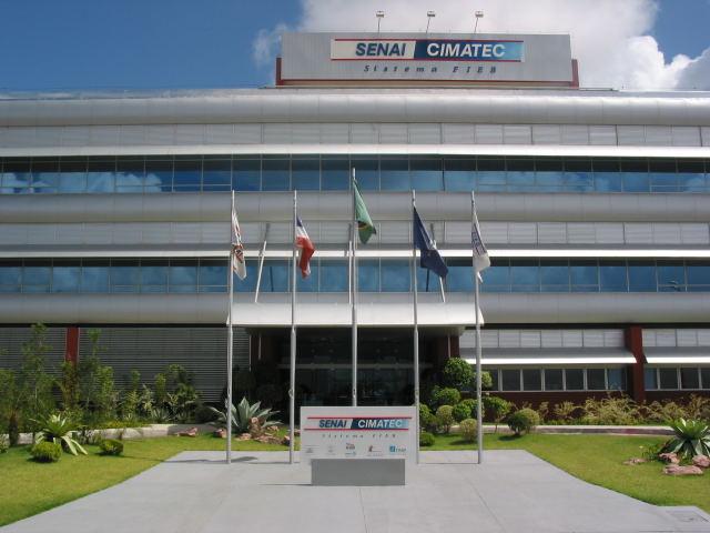 Cimatec oferece 55 bolsas integrais de graduação para estudantes da rede estadual