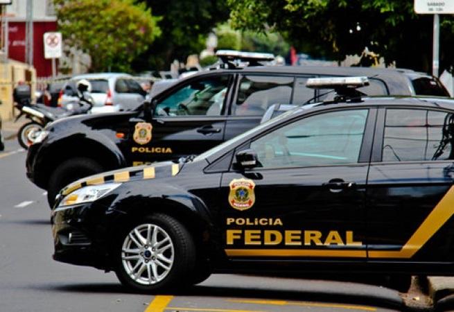 Assessor do ministro do Turismo é preso em operação da PF