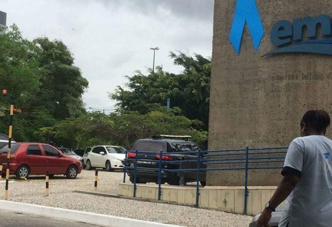PF cumpre mandado de busca e apreensão na sede da Embasa
