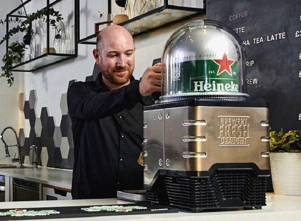 """Heineken lança máquina de chope """"espresso"""" com cápsula de 8 litros"""