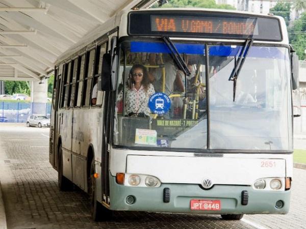 Coletivos voltam a circular nas estações de integração com o metrô de Salvador