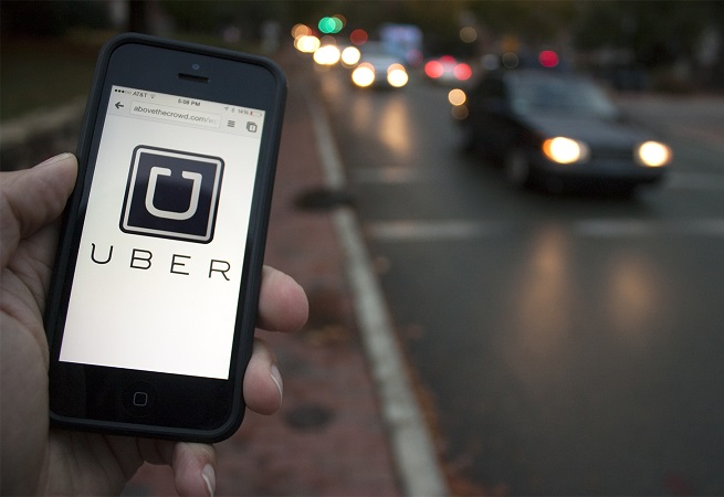 Nova York aprova limite de licenças para motoristas de Uber
