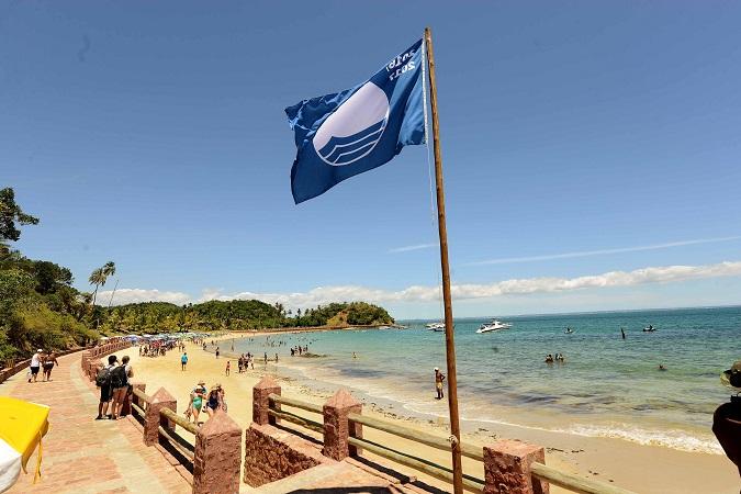Mais três praias de Salvador buscam o selo internacional Bandeira Azul