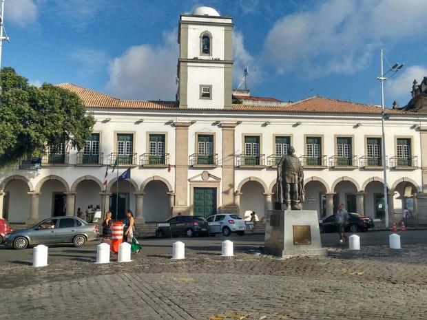Câmara de Salvador é aprovada por unanimidade na UCCLA