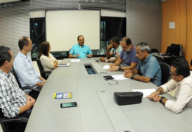 Elinaldo apresenta planejamento da Saúde em Camaçari para 2018