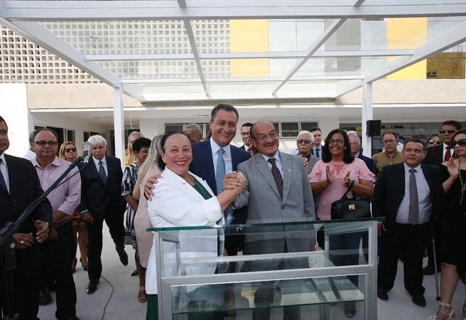 Rui Costa e Maria do Socorro Santiago inauguram módulo do fórum de Itabuna