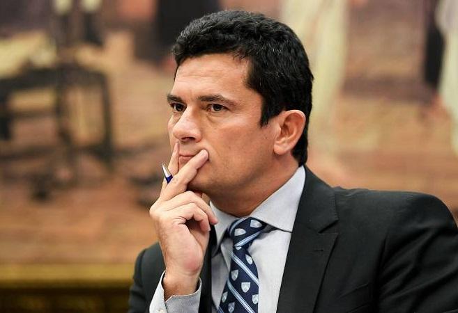 """Moro determina que PF mantenha aberto """"inquérito-mãe"""" da Lava Jato"""