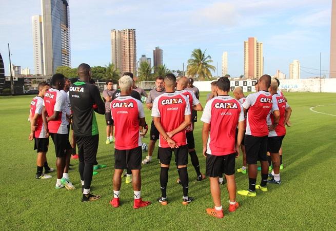 Vitória estreia contra o Globo pela Copa do Nordeste nesta terça