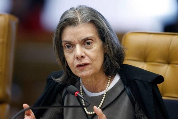 Cármen Lúcia autoriza abertura de inquérito contra o ministro do Meio Ambiente