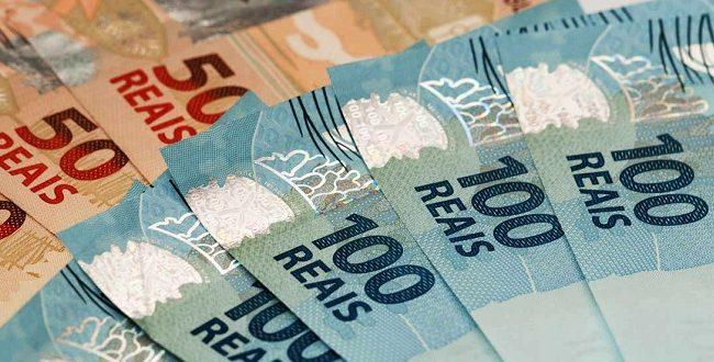 Bolsonaro anuncia pacote de R$ 85,8 bilhões para ajudar estados e municípios