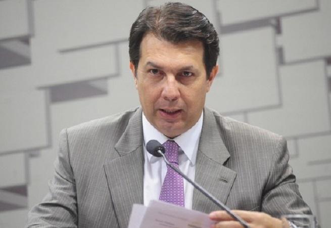 Arthur Maia confirma modificações ao entregar texto da reforma da Previdência