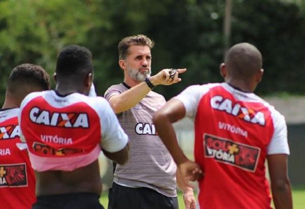 Fora de casa, Vitória estreia contra o Globo-RN na Copa do Brasil