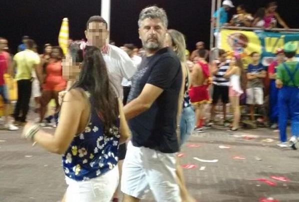 Investigado na Lava Jato, Gustavo Ferraz curte Carnaval em Salvador