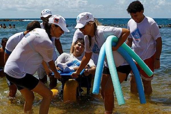 Projeto Para Praia recomeça neste sábado no Farol de Itapuã