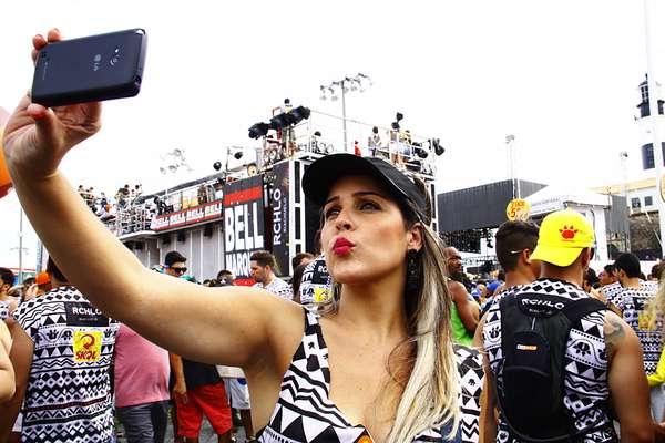 Prefeitura disponibiliza wi-fi gratuito em todos os circuitos do Carnaval de Salvador