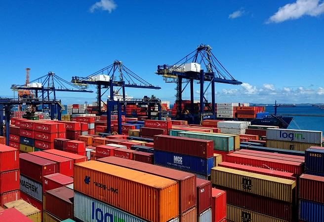 Empresa irá operar serviço de cabotagem entre os portos de Salvador e Santos
