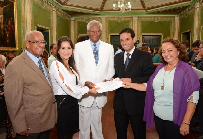 Revisão da Lei Orgânica do Município é apresentada na Câmara de Salvador