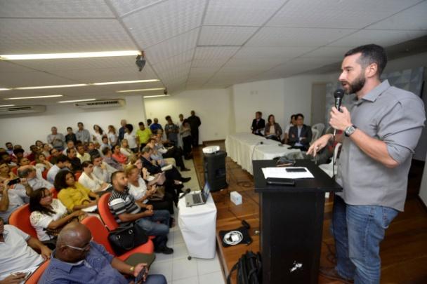 Minuta de edital para limpeza urbana de Salvador é apresentada em audiência