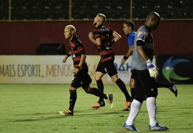 Vitória faz 3 a 2 no Bahia de Feira e garante vantagem na final do Baianão; veja os gols