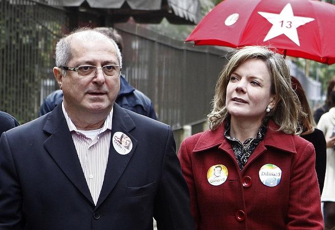 Doleiro diz ao MPF que repassou R$ 3 milhões da CCR para Gleisi e Paulo Bernardo