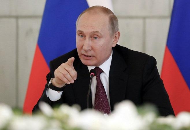 Putin anuncia registro de primeira vacina contra covid-19