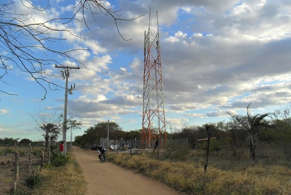 Caculé, Caetité e Guanambi ficam sem sinal da Vivo após roubo de cabos de operadora