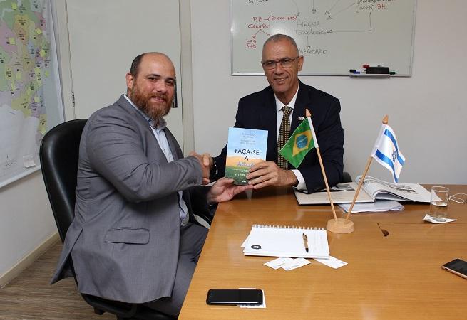 Embaixador de Israel conhece ações da Secti e da Seagri