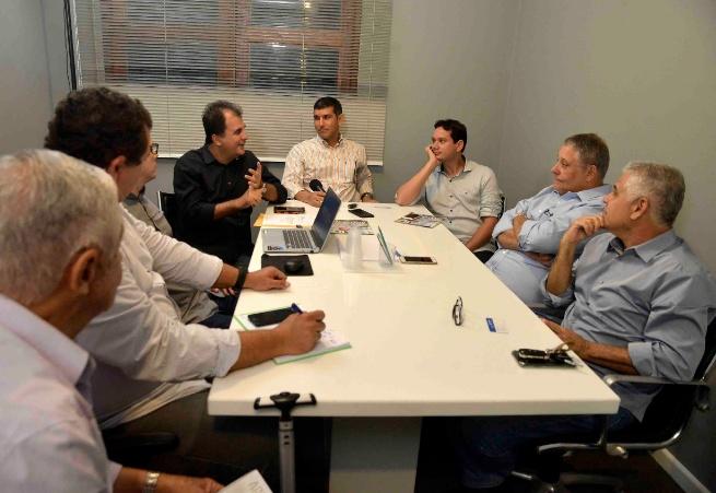 Prefeitura de Salvador debate implantação do BRT com associação do Horto Florestal