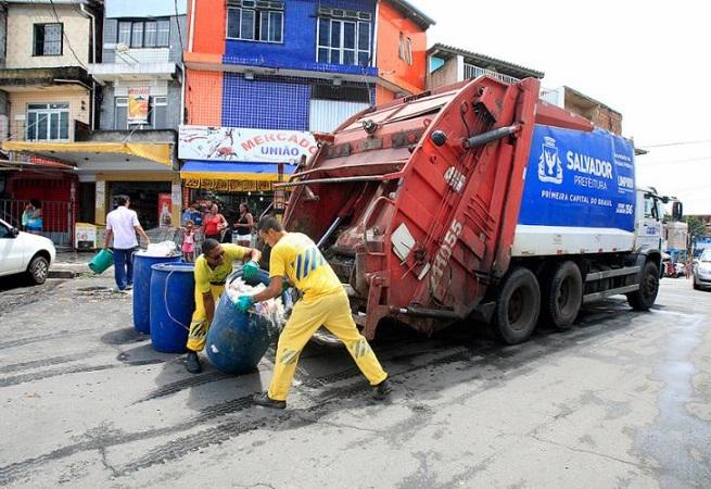 Prefeitura lança edital de limpeza urbana de Salvador