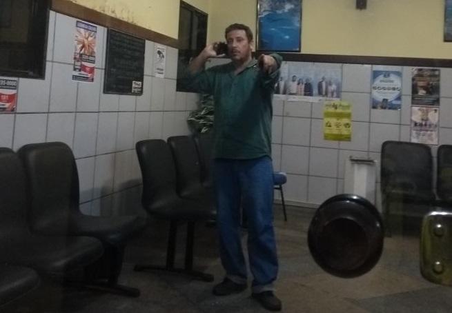 Homem é detido após ameaçar agentes da Transalvador com peixeira