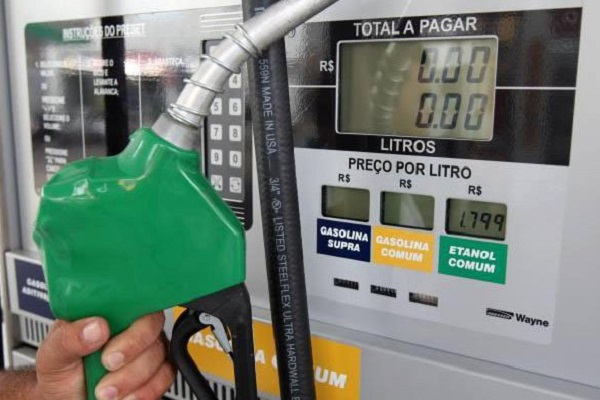 Gasolina e diesel têm 4º reajuste nesta semana