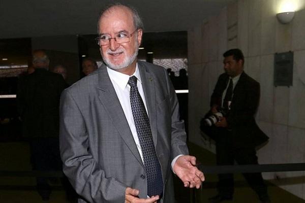 Justiça de Minas manda soltar ex-governador Eduardo Azeredo