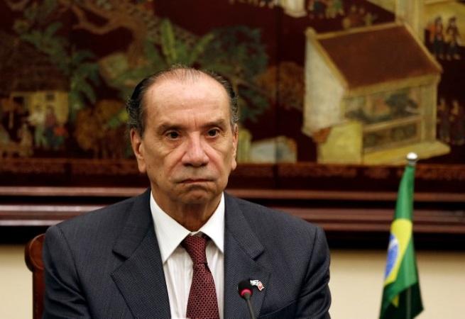 Ministros vão visitar abrigos com crianças brasileiras nos Estados Unidos