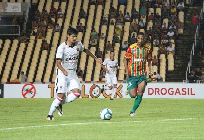 Copa do Nordeste: Vitória perde por 3 a 0 do Sampaio Corrêa; veja os gols