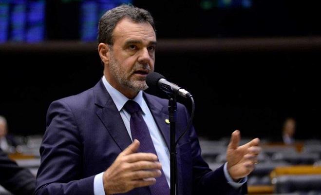 Daniel Almeida quer reconhecimento do forró como patrimônio imaterial brasileiro