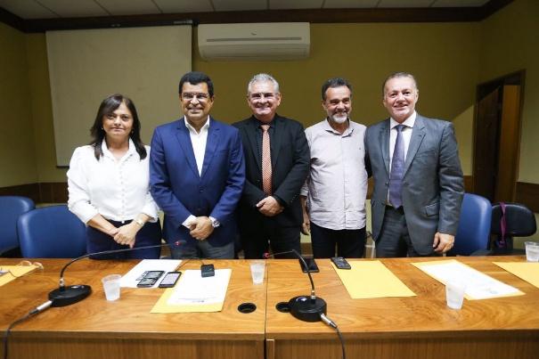 Coronel destaca apoio do Papa Francisco a Lula em encontro do PCdoB